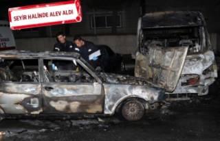 İzmir'de 4 araç alev topuna döndü!