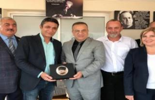 CHP'li Başak'tan 'sosyal belediyecilik'...