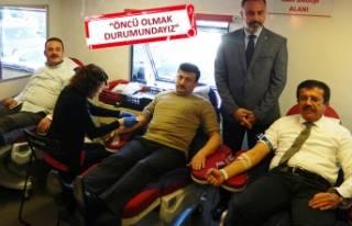 AK Parti İzmir'den seçim çalışmalarına...