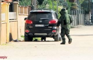Bakan duyurdu: Bomba yüklü araç yakalandı