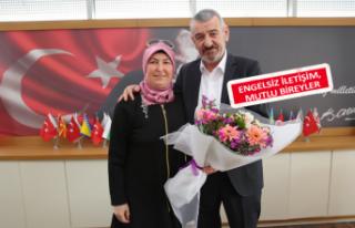 Gaziemir Belediyesi 'İşaret diliyle konuşacak'