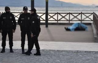 İzmir'de denizde ceset bulundu