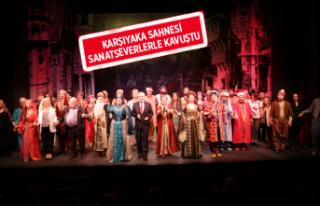 Devlet Tiyatroları Karşıyaka Ragıp Haykır Sahnesi...