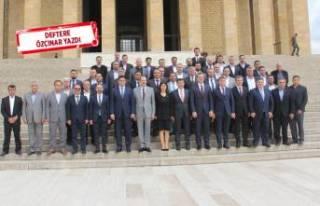 Cumhur İttifakı'nın İzmirli başkanları Anıtkabir'de