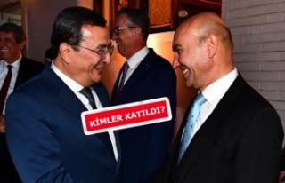 Tunç Soyer, İzmir'in ilçe belediye başkanlarıyla...
