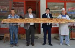 Dev ramazan pidesi 60 liradan satıldı
