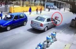 İzmir'de okul çıkışı feci kaza: Yürekler...