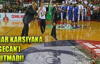 Pınar Karşıyaka Özgecan'ı Andı!