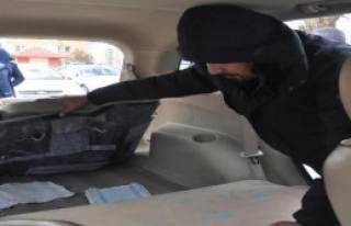 5 İranlı 23 Kilo Eroinle Yakalandı