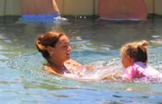 Su Bebeğe Yüzme Dersleri