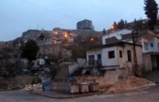 Halfeti'de Otel İnşaatına Tepki