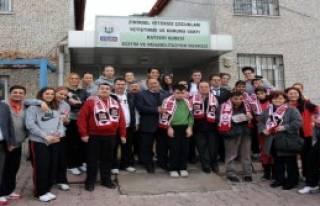 Gül Üniversitesi Atıyor, Engelliler Kazanıyor