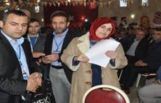 AK Parti İlçe Kongresinde Kadın Aday Gerginliği