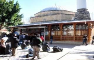 Antalya'da Cuma Namazında Özgecan Hutbesi