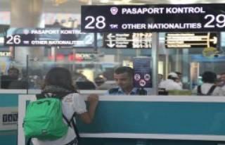 Atatürk Havalimanı'nda 'Polnet' Arızası