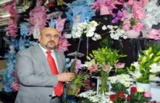 Türkler Çiçeği Düğüne Gönderiyor