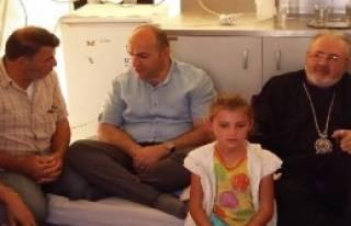 Başpiskopos Ateşyan Suriyelileri Ziyaret Etti