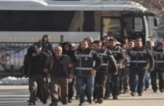 Bir Günde Yakalama Kararıyla Aranan 133 Kişi Gözaltına...
