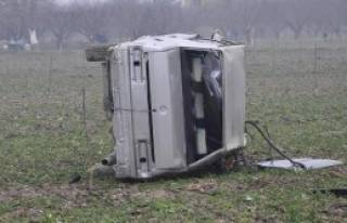 Çalıntı Otomobil Takla Attı: 2 Yaralı
