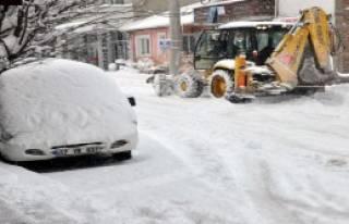 Çanakkale'nin İlçelerinde Kar Etkili Oluyor