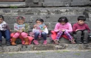 İçkale'de Kitap Okuma Etkinliği