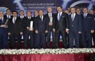 Sanayiciler Ödül Gecesinde Buluştu
