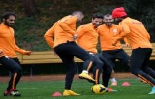 Galatasaray, Trabzonspor Maçının Hazırlıklarını...