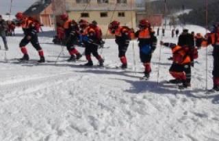 Kars'ta Çığ Tatbikatı