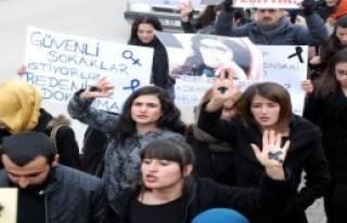 Kastamonu'da Özgecan'ın Öldürülmesi Protesto...