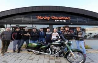 Kiralık Harley Davidson
