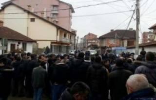 Kosova'da 'Noel Bayramı' Gerginliği