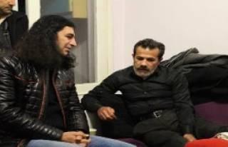 Murat Kekilli, Özgecan'ın Ailesini Ziyaret Etti