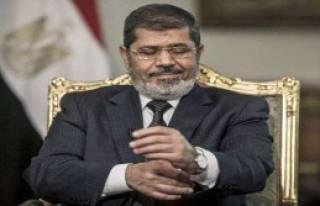 Mursi'nin Davası Ertelendi!