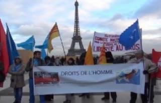 Uygur Türklerinden Çin Protestosu