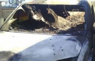 Siverek'te Başçavuşun Aracı Kundaklandı