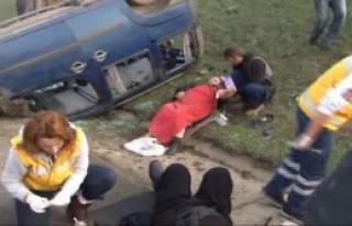 TEM'de Feci Kaza: 6 Yaralı