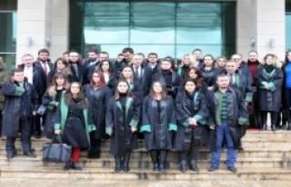 Trabzon'da Kadın Avukatlar Özgecan İçin Toplandı