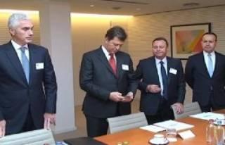 TÜSİAD Heyeti AP Başkanı İle Görüştü