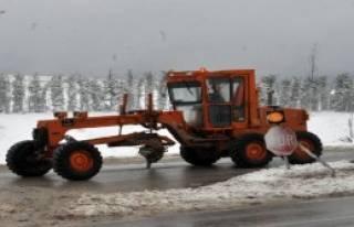 Yalova'da 10 Köy Yolu Ulaşıma Kapandı