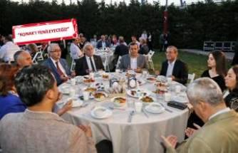 Konak iftar sofrasında buluştu
