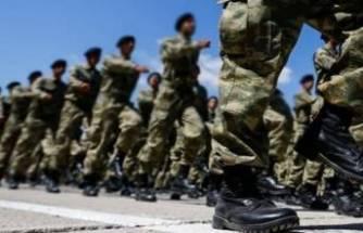 Askerlik süresiyle ilgili madde kabul edildi