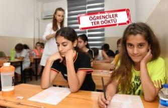 Dar gelirli ailelerin çocuklarına eğitim fırsatı
