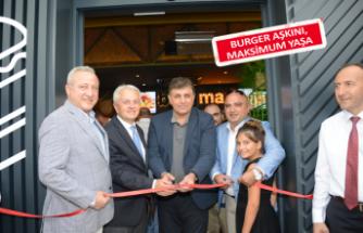 İzmir'de ''Lezzetli'' açılış!