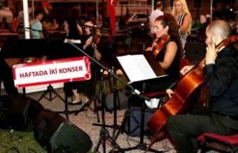 Karşıyaka'da yaz konserleri başladı