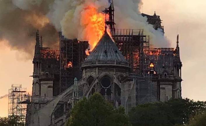 Notre Dame Katedrali yangınının nedeni belli oldu!