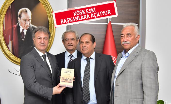 İzmir Belediye Başkanları Birliği'nden İduğ'a destek