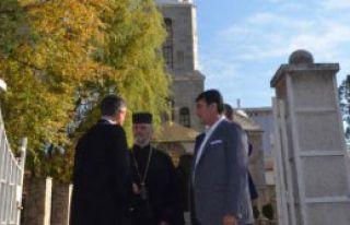 Kırcaali'de Kilise Ziyaret Etti