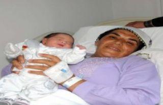 10 Yıllık Evli Çiftin Tüp Bebek Yöntemiyle Çocukları...
