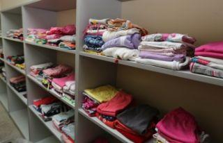 Selçuk'ta sosyal market çocukları sevindirecek