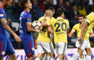 Fenerbahçe, Karabük'te şov yaptı!